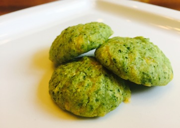 Healthy spinach cookies for kids and family